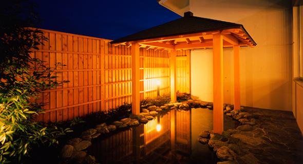 温泉大浴場「森の湯